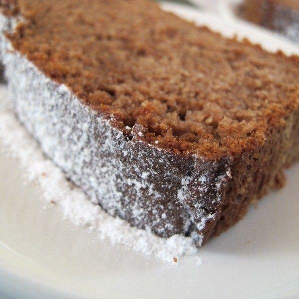 Gewürzkuchen -paleo- - Zwischendurch - 3 Eier, 1 geriebene Tonkabohne, 100 g Mandelmehl, 1/4 TL Meersalz, Vanillemark oder gemahlene Vanille, 50 g Kartoffelstärke oder Pfeilwurzelmehl, 5 Eiklar, 1 Päckchen Weinsteinbackpulver oder Natron, 80 g dunkler Vollrohrzucker (Muscovado), 1 EL Kaffeepulver-Extrakt, 150 g gute Butter oder Kokosfett vco, 1 1/2 EL Lebkuchengewürz (Ceylonzimt, Kardamom, Nelken,etc.), 1 1/2 EL Back-Kakao, 1 Prise Pfeffer, Abrieb v. 1 Orange und 1 Limette, Saft v. 1 Orange…