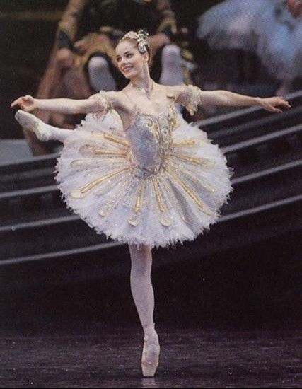 The amazing Darcey Bussell...