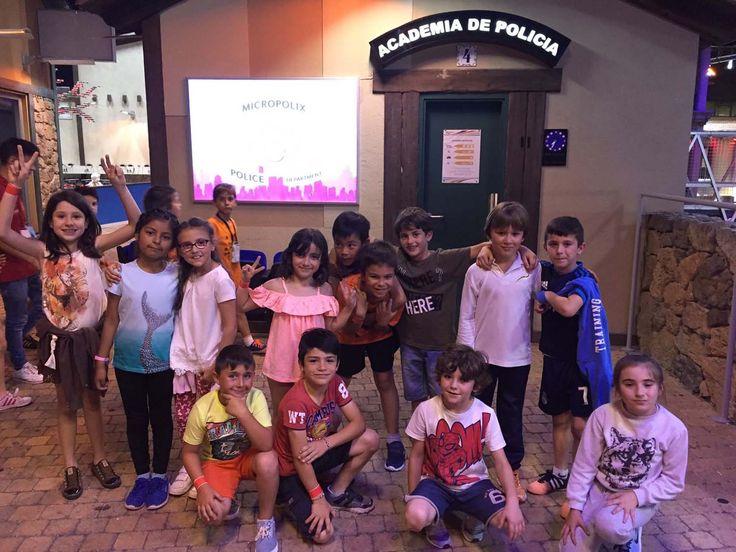 Los alumnos de segundo de primaria realizaron una excuresión a Micrópolix.