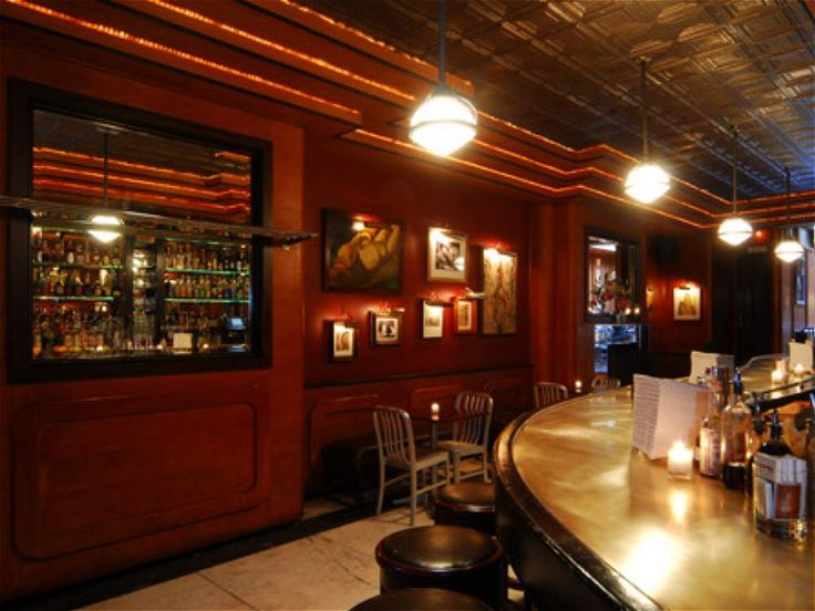 Quinto lugar: Bar Employees Only, Nueva York. http://www.employeesonlynyc.com/