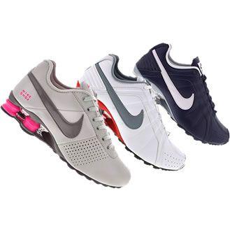 Alguns dos mais belos modelos de tênis Nike Shox estão com até 23% de desconto na Centauro. É por tempo limitado. Não deixe de conferir!