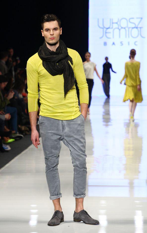 ŁUKASZ JEMIOŁ, Fall - Winter 2013 / 2014, Designer Avenue, 8. FashionPhilosophy Fashion Week Poland, fot. Katarzyna Ułańska  #jemiol #lukaszjemiol #fashionweek #lodz #poland #fall2013 #winter2013 #fw13 #aw13 #designeravenue #fashioninspirations #trends #fashiondesigners #polishfashiondesigners #fashion #fashionweekpl #fashionweekpoland #fashionphilosophy