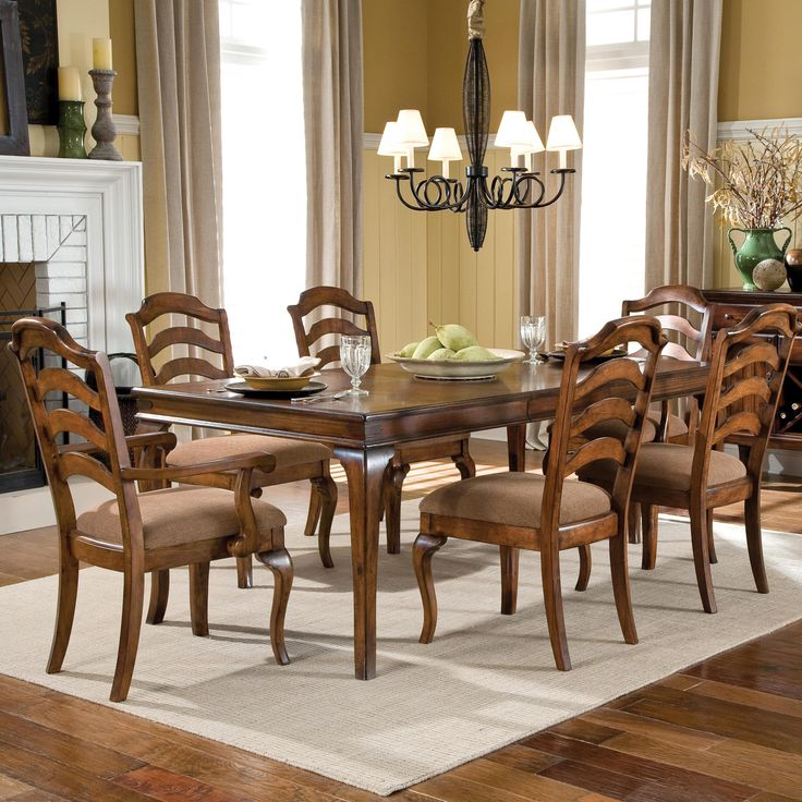 Crossroad 7 Piece Table
