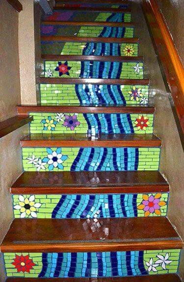 41 best images about mosaic stair risers on pinterest for Mosaic pieces for crafts