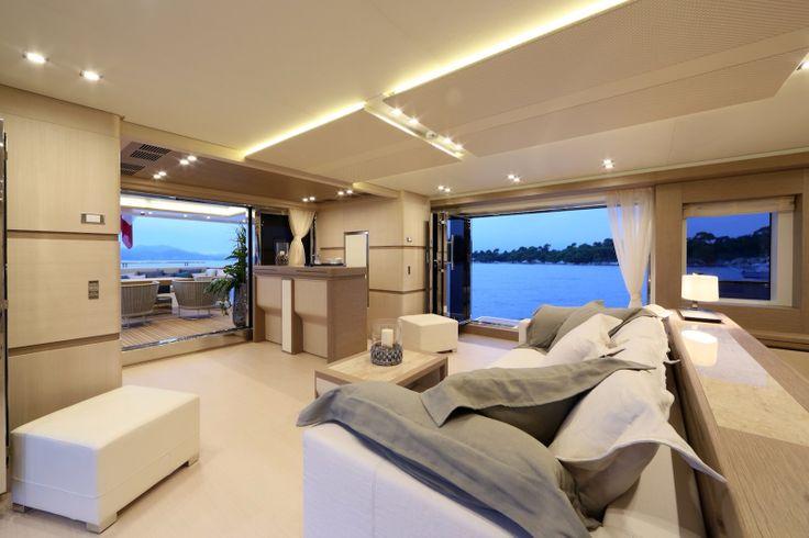 Columbus 40S hybrid - interior design by Hot Lab