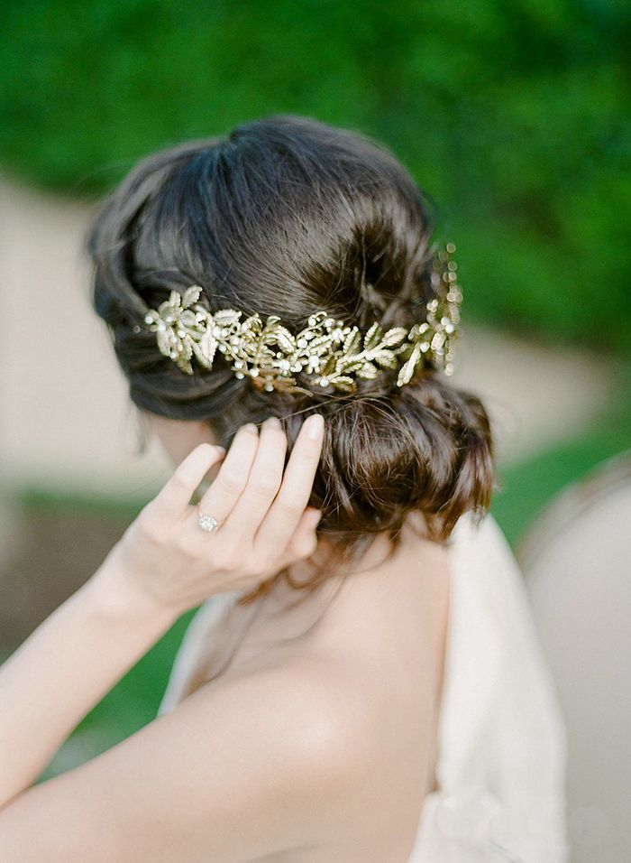 Grecian Inspired Hairstyle with a Gold Laurel Headpiece    #weddings #weddingideas #winecountry #fineartweddings #hairstyle #weddinghair