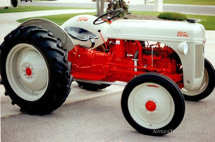 A beautiful 1951 Ford 8N fully restored tractor up for sale. Leave your comments on this classic Ford tractor!