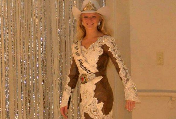 36 Best Rodeo Queen Clothes Images On Pinterest Cowgirl