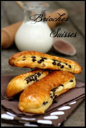 Brioches Suisses. Recipe in French, translation button in sidebar, but it only translates the method, not the ingredients.