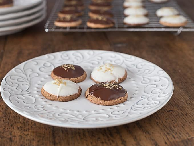 Lebkuchen are traditional German spice cookies served at Christmas. Made famous in the town of Nuremberg by monks, their origins date back to Ancient Egypt