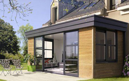 Découvrez la Véranda Architecturale, la collection qui réussit l'alliage de l'aluminium et du bois avec le verre. - Rénoval Véranda
