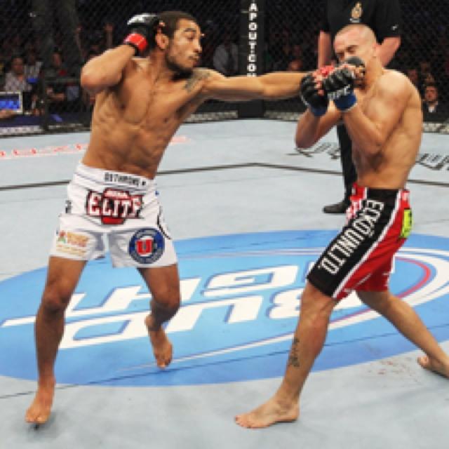 José Aldo x Mark Hominick (UFC 129)