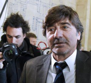 Michel+Neyret,+ex-star+déchue+de+la+police,+jugé+à+Paris+pour+corruption