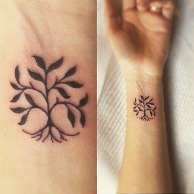 Risultati immagini per minimalist tree tattoo   Tatoo ...