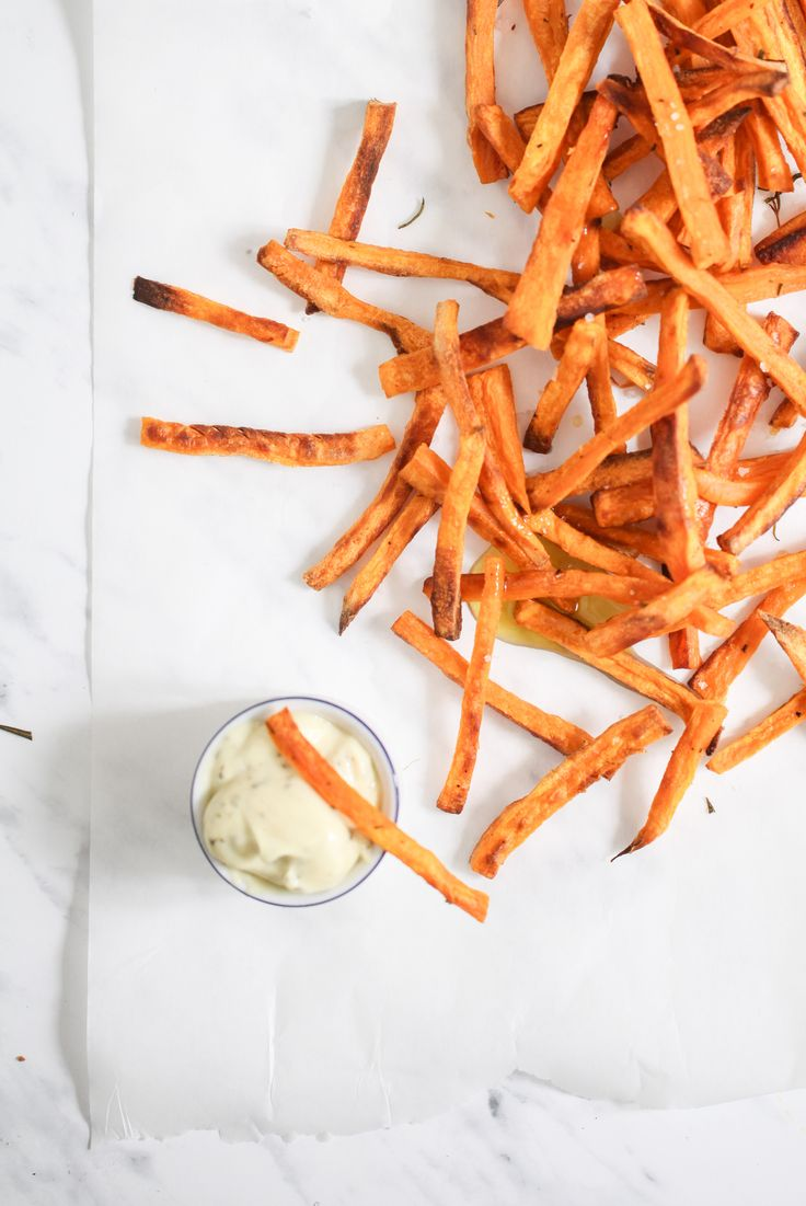 Sweet potato fries - Süsskartoffel Pommes aus dem Backofen Rezept Zuckerzimtundliebe recipe