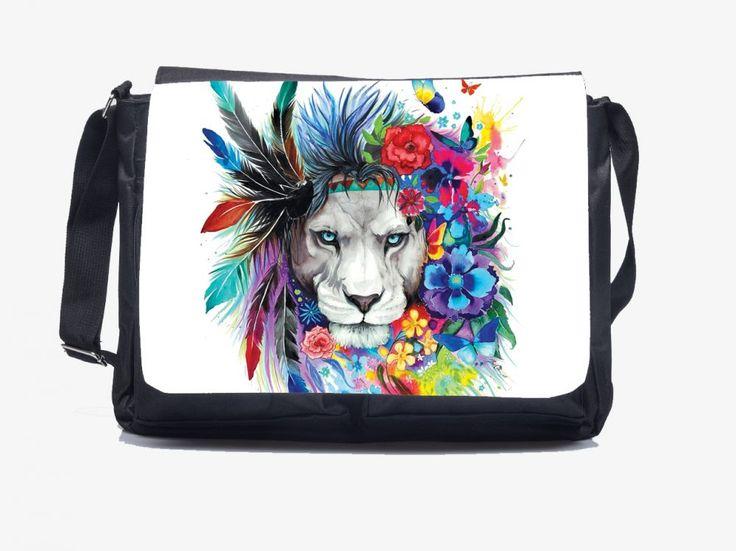 A lélek oroszlánja - Oldaltáska ORDER: Lion Shoulderbag www.oldaltaska.hu hello@oldaltaska.hu