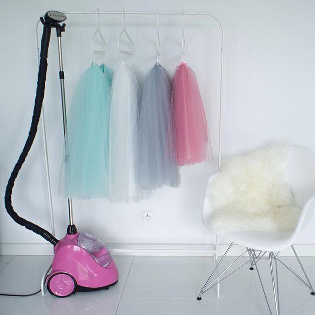Piątek - prasowania początek @steamaster  #steamaster #steamer #ironing #tulle #tulleskirt #white #mint #pink #fashion #love #loveit #moda #prasowanie #prasowaniepara #tiulowaspodnica #tiul #sprzedam #projektantka #zakupy #zakupyonline