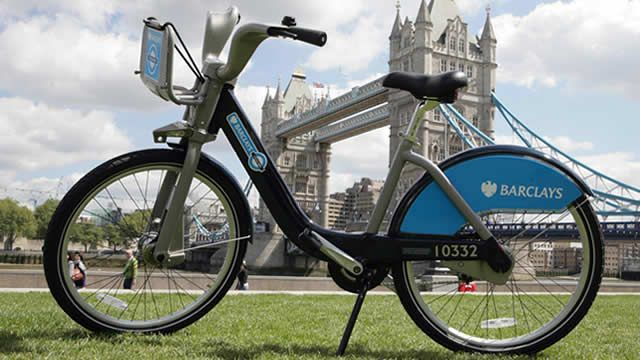 London Bike Share at Tower Bridge