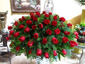 Bernardo's Flowers: BFS-CP8 Red Rose Funeral Casket Piece
