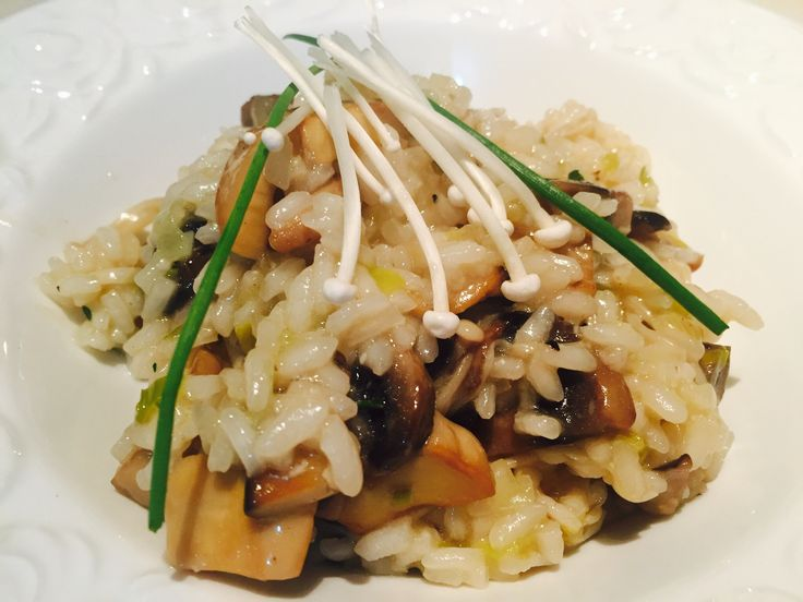 Mushroom roasted garlic and leek risotto
