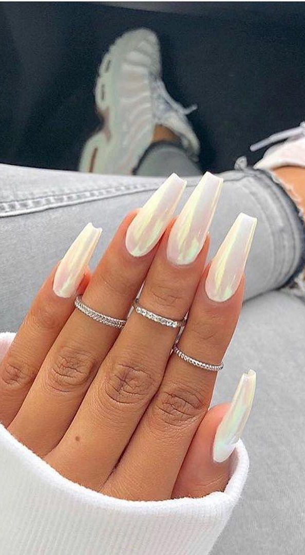 Top 40 Coffin Nails Ideas For This Summer 2019 Page 20 Of 40 Belikeanactress Com Matte White Nails Chrome Nails White Nail Designs