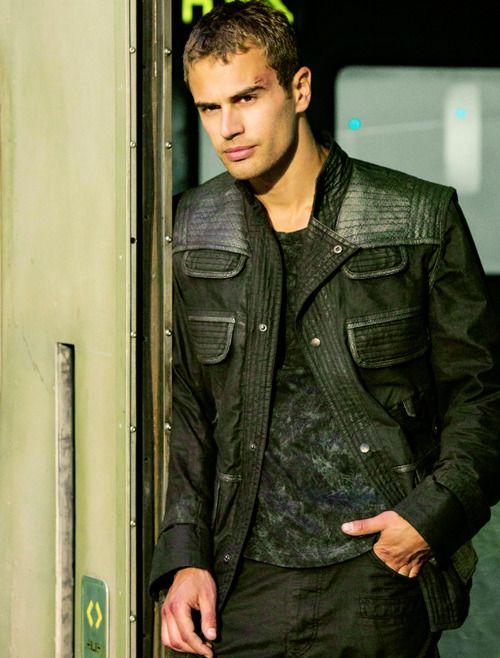 Theo James | Tobias Eaton