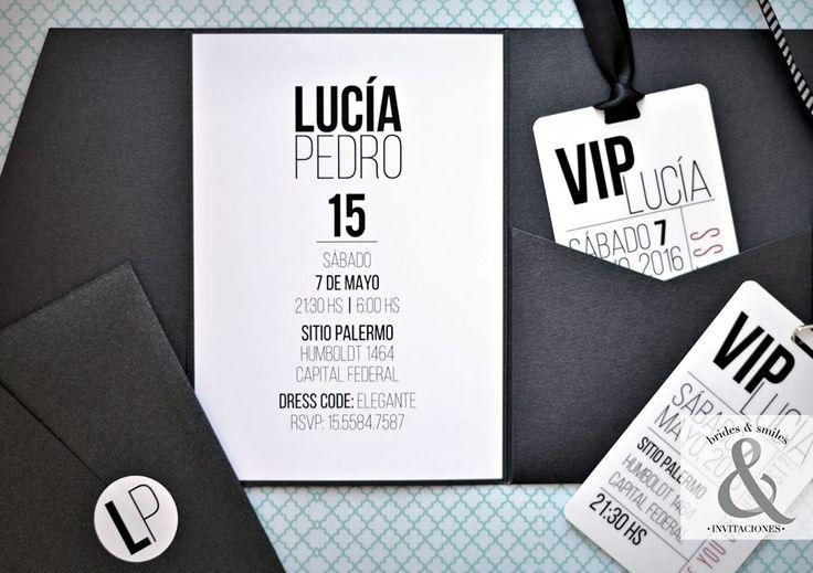Lucía estaba buscando una invitación de 15 años con líneas simples, donde la tipografía sea protagonista y a la vez que deslumbre a cada invitado por su elegancia en la presentación. Nos pusimos a …