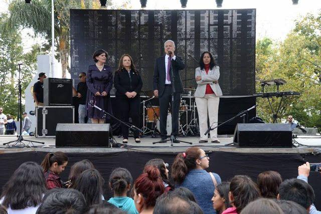Contextos Regionales: CELEBRAN XALAPEÑOS, NUEVO GOBIERNO MUNICIPAL