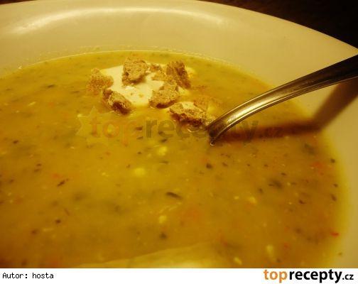 Cuketo-čočková kari polévka