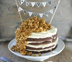 Sjokoladekake med karamellpopcorn