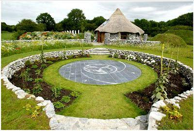 Celtic spring garden landscape ideas pinterest for Celtic garden designs