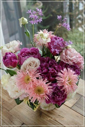 『【今日の贈花】お誕生日のお祝花』