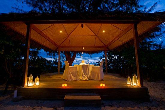 Intimate Dinner, Denis Private Island