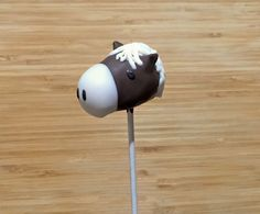 Learn how to make horse cake pops in a snap! These treats would be perfect for a Western-themed party, a baby shower or for a horse lover. Let's giddy up and get to it!