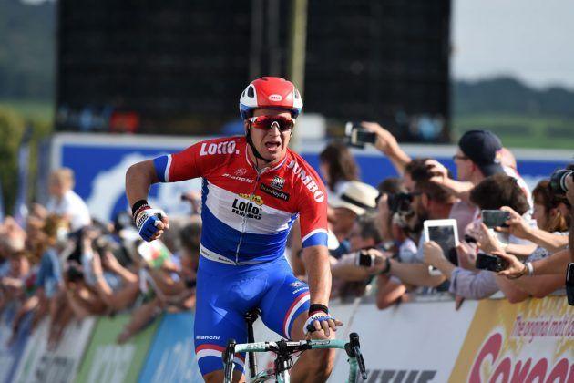 Groenewegen wins first stage Tour of Yorkshire.  Ewan was 2nd & Opie was 3rd.  (Photo: Dylan Groenewegen wins Tour of Britain 2016 stage 4)
