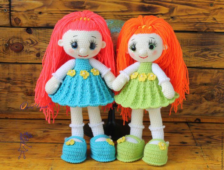 Купить или заказать Игрушка кукла Анечка в интернет-магазине на Ярмарке Мастеров. Высота 35 см. в полный рост! Умеет сидеть, стоять, поворачивать голову и шевелить ручками!!! Туфельки можно снимать и одевать. Длина волос позволяет заплетать раз…