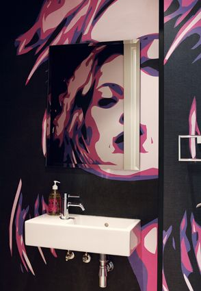 See your reflection in the face of someone famous. Custom wall scapes, Kate Moss wears pop art. Follow the link to see the full photo-story including this design element: https://www.facebook.com/media/set/?set=a.588815421169109.1073741828.588811231169528&type=1