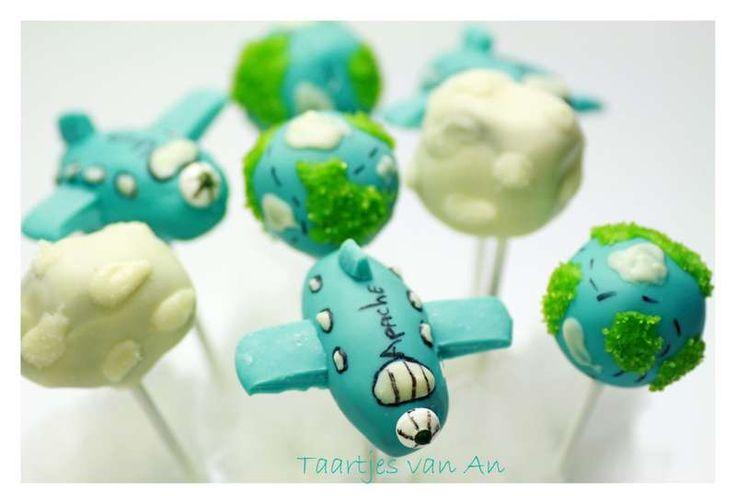 Cakepops vliegtuig airplainTaartjes van An