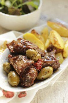 """E coniglio """"alla portoghese"""" sia,  la ricetta della nonna Iole le batte tutte."""