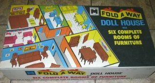 1960s Toys - Foldaway Doll House1960S Toys
