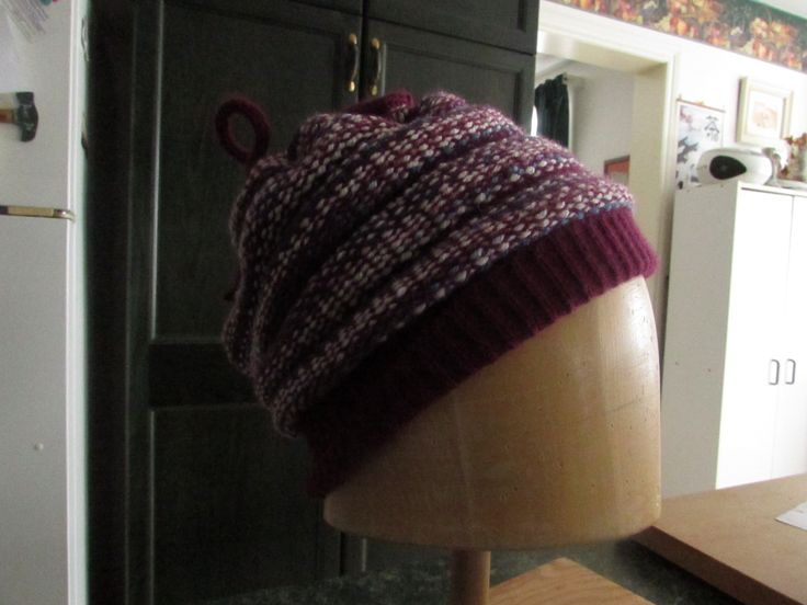 Hats in Knit-Weave on the Knitting Machine