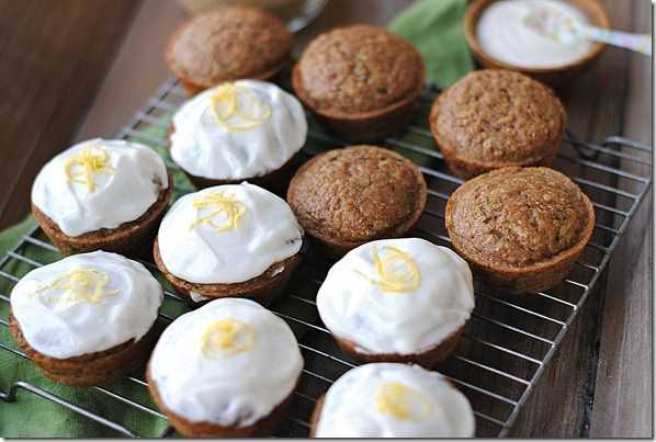 Eat Yourself Skinny!: Zucchini Cupcakes with Greek Yogurt Frosting 6 grams of protein