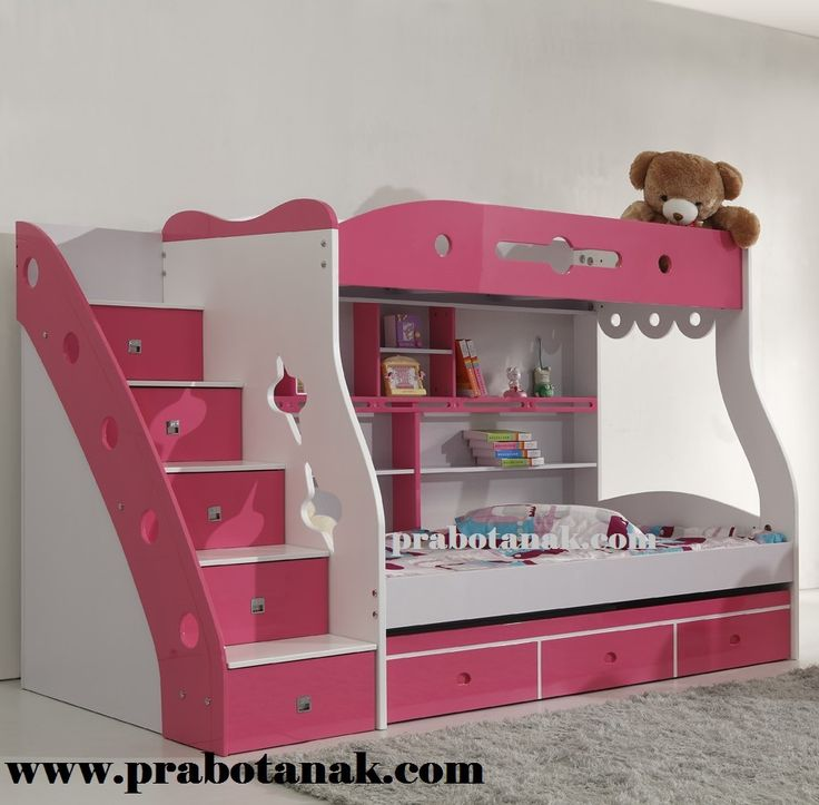 Tempat Tidur Tingkat Pink Bear Sorong, warna pink sangat cocok untuk anak perempuan , dengan tangga belaci serta model sorong bisa muat 3 bed
