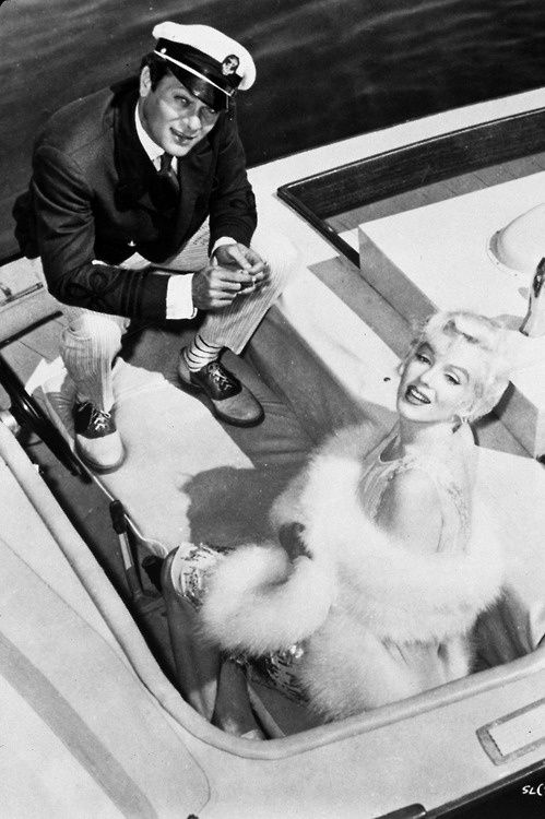 """Tony Curtis and Marilyn Monroe in one of my favorite films """"Some Like It Hot"""" (1959)."""