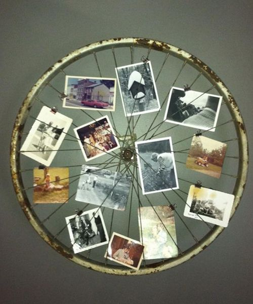 Display Old Postcards On A Mounted Bicycle Wheel