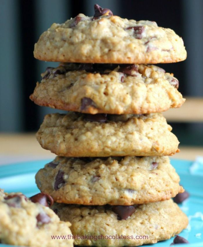 The Baking ChocolaTess | Best Coconut Chocolate Chip Oatmeal Cookies | http://www.thebakingchocolatess.com