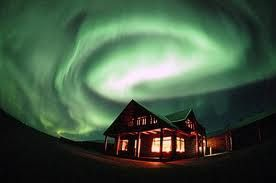 Be inspired by the breathtaking northern lights in Iceland. See amazing videos, learn about tours, study forecasting and see beautiful images from the north.