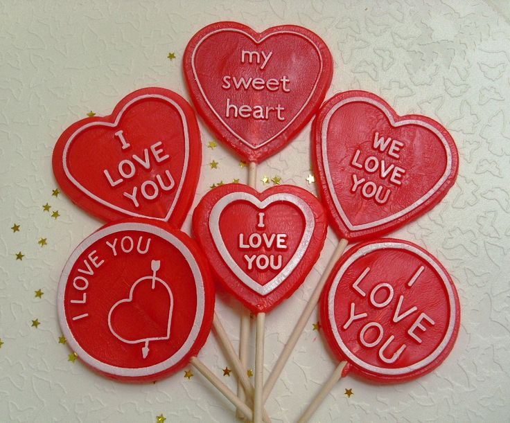 Spoil your love with a sweet selection of logo lollipops. Rock candy, favours, personalized sweets, sweets, rock sweets, customizable candy, sweet shop, sweetie, bonbonnier, party sweets, hard candy, unique gift, candy buffet, candy table, treats, lollipops, lollies, lolly