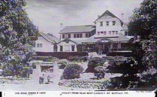 Snow Australia history - Mt Buffalo Chalet, Victoria, 1940 #snowaus
