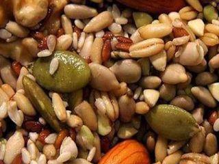Αμύγδαλα, καρύδια, πεκάν, φιστίκια, κάσιους, φουντούκια, αλλά και πολλοί άλλοι, περισσότερο ή λιγότερο εξωτικοί κάθε φορά, οι ξηροί καρπο...